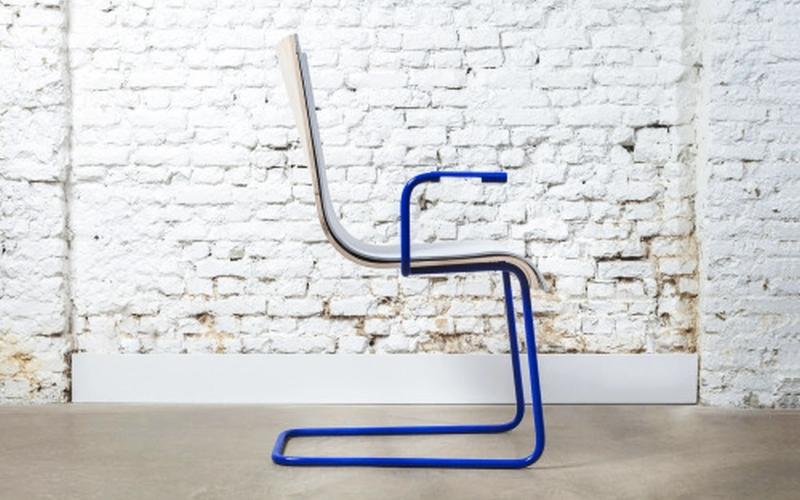 Moov, une chaise innovante qui recharge votre portable