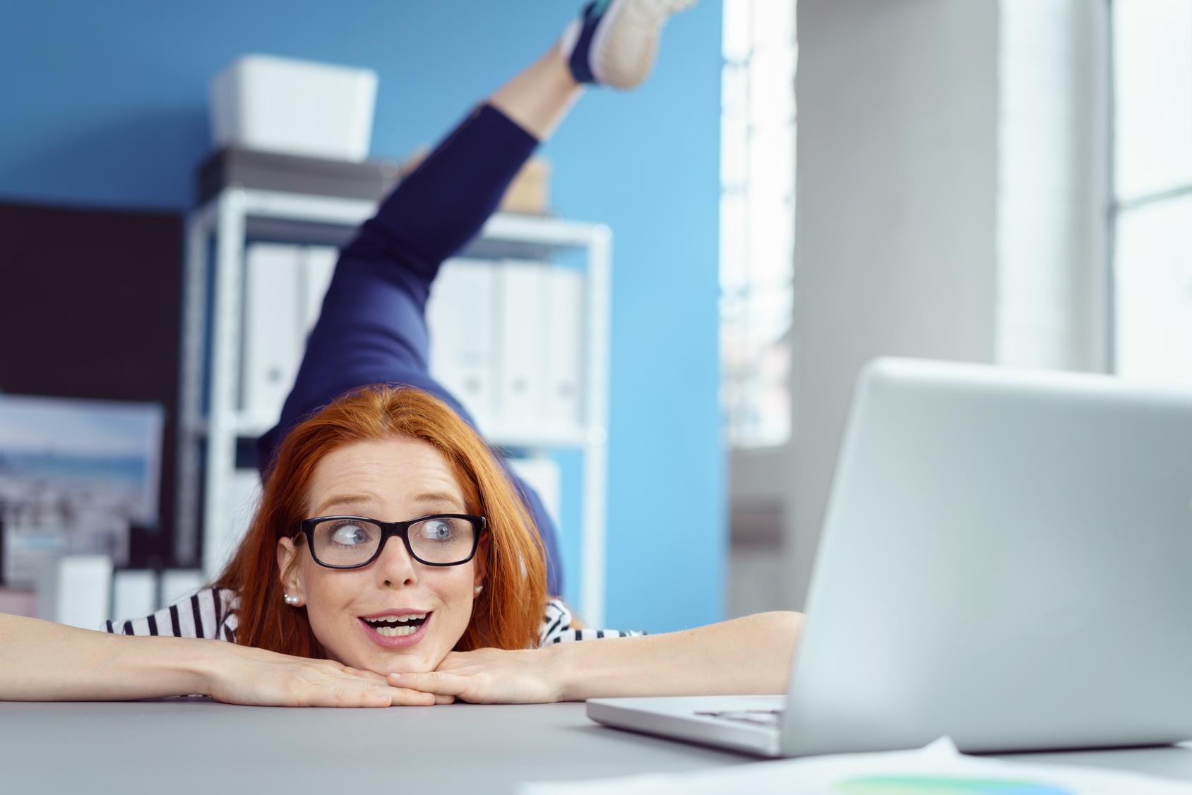 Les exercices pour se muscler au bureau
