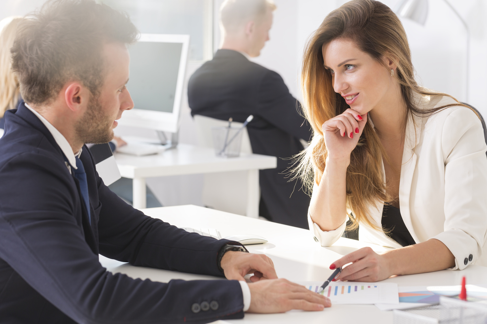 L'amour au bureau si on en parlait ?