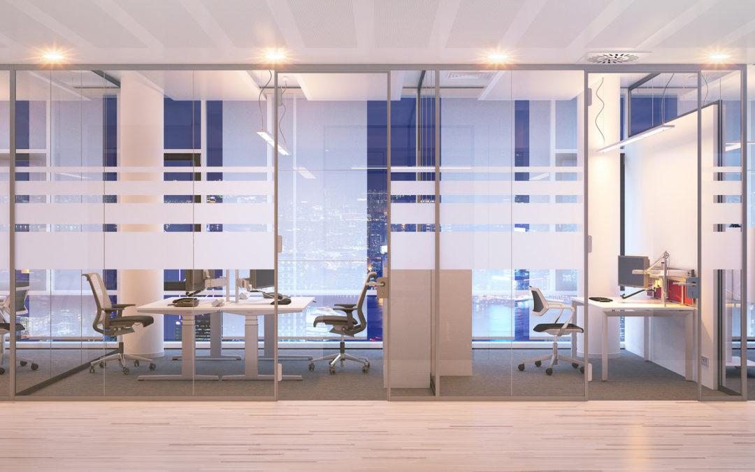 Quels sont les avantages et inconvénients des bureaux cloisonnés